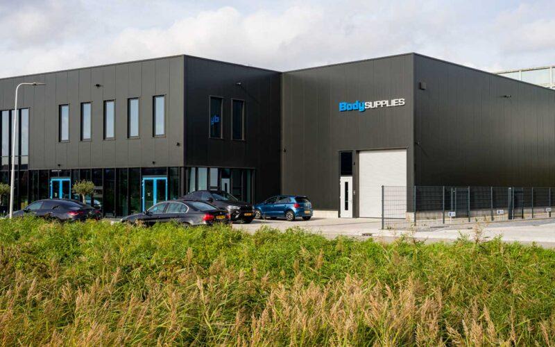 Kantoorgebouw Body Supplies Rhoon door Martinu voorzien van diverse elektrische installaties