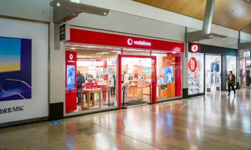 Winkelpand Vodafone Rotterdam door Martinu voorzien van complete elektrische installatie